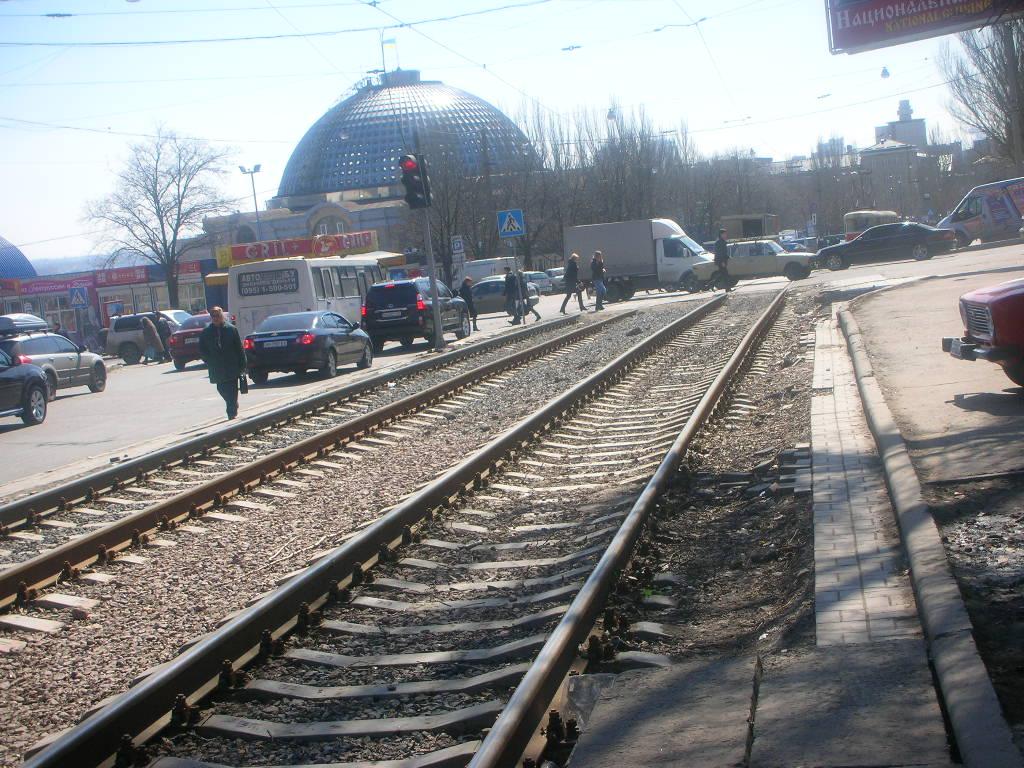 Тротуарная плитка укладка на пр. Богдана Хмельницкого